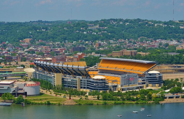 Exterior shot of Heinz Field, home of the Pittsburgh Steelers