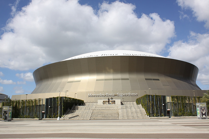 Mercedes benz superdome new orleans saints football for Mercedes benz superdome parking prices
