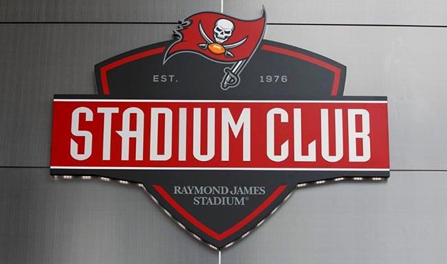 824-stadium-club