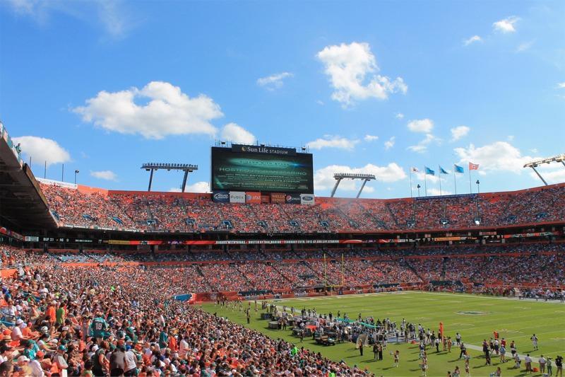 sun life stadium, miami dolphins football stadium