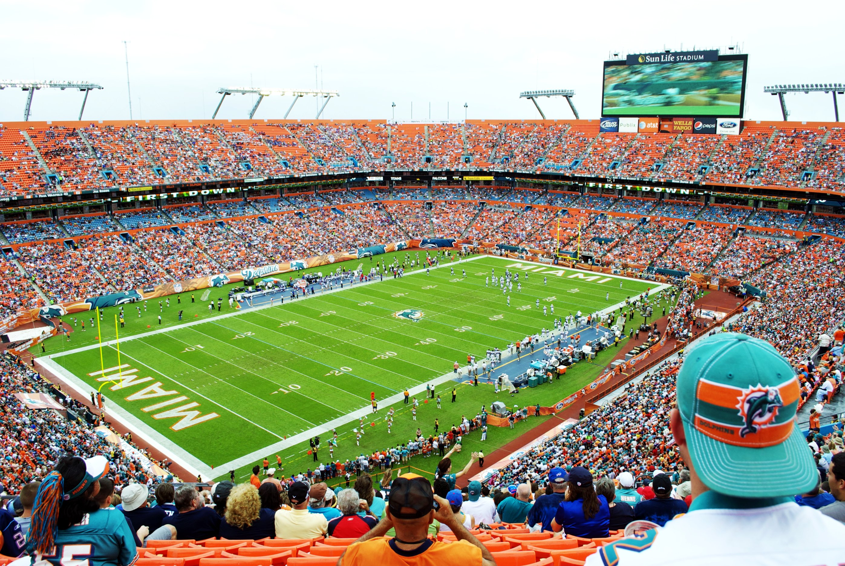 Hard Rock Stadium Miami Dolphins Football Stadium Stadiums Of Pro