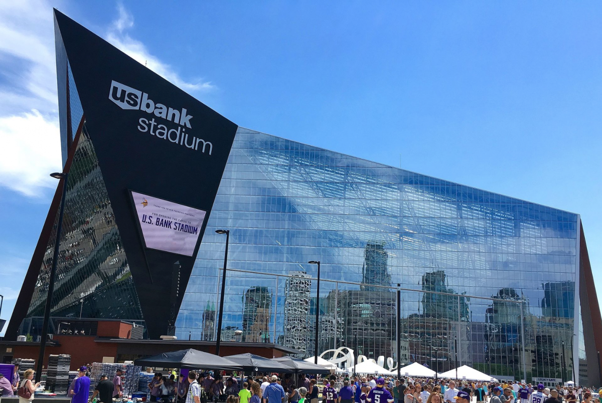us-bank-stadium-reflect-1200x804